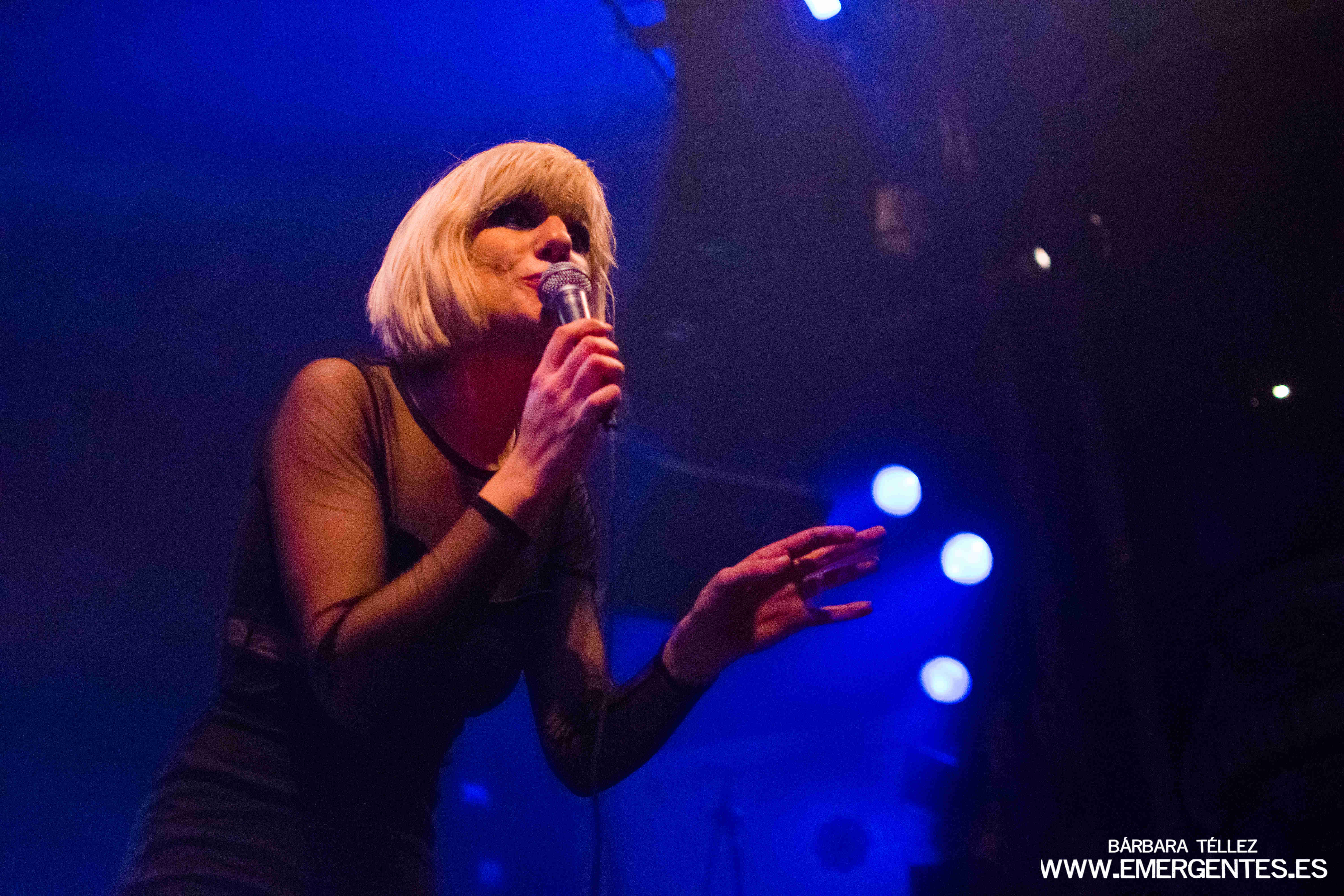 Aurora & The Betrayers en Joy Eslava