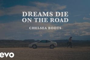 CHELSEA BOOTS – DREAMS DIE ON THE ROAD
